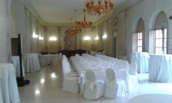 una delle sale da pranzo - Picture of Villa Fenaroli Palace Hotel ...