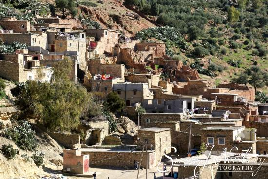 Berber Travel Adventures : The Village of Sidi Hassan