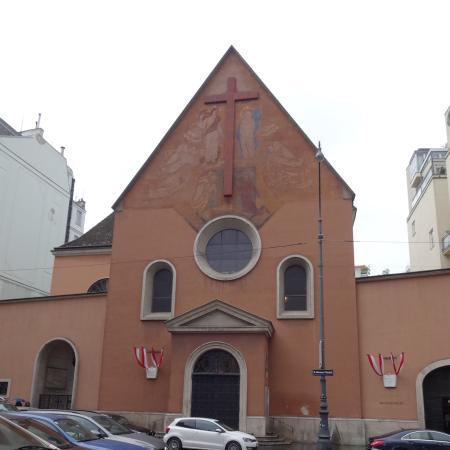 Neuer Markt: 教会