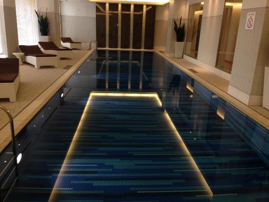 Sheraton Grand Hotel Hiroshima Pool