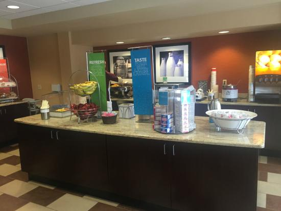 Hampton Inn University Midtown Albuquerque: Many Delicious Choice
