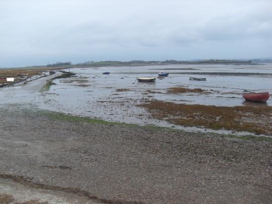 Sunderland Point: Looking towards the lane in