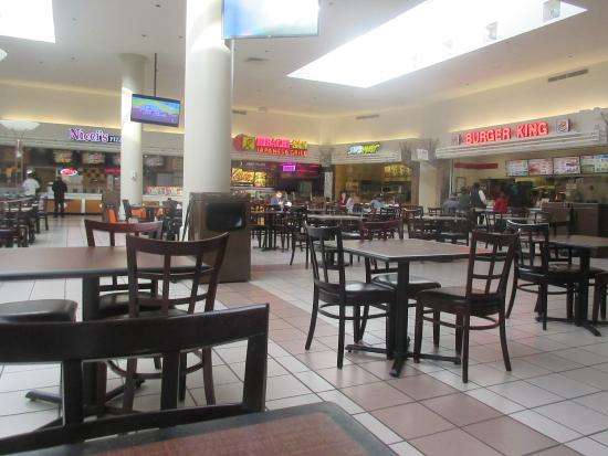Visit Indian Mound Mall in Heath, OH to shop your favorite stores, enjoy a meal at one of our many restaurants or enjoy entertainment for the entire family.
