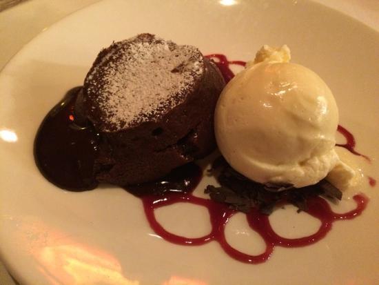 Roy's : Chocolate Souffle