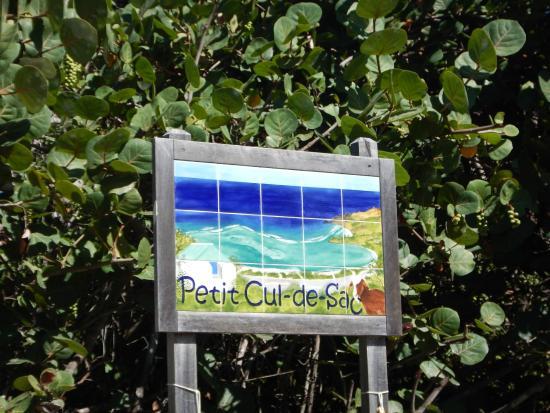Petit Cul de Sac Beach : Sign