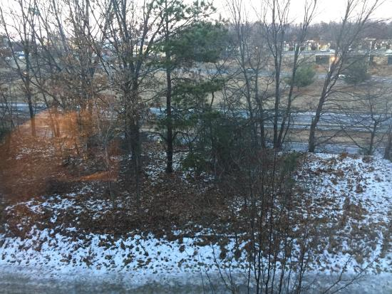 Hampton Inn Hartford / Airport : View from Room 320