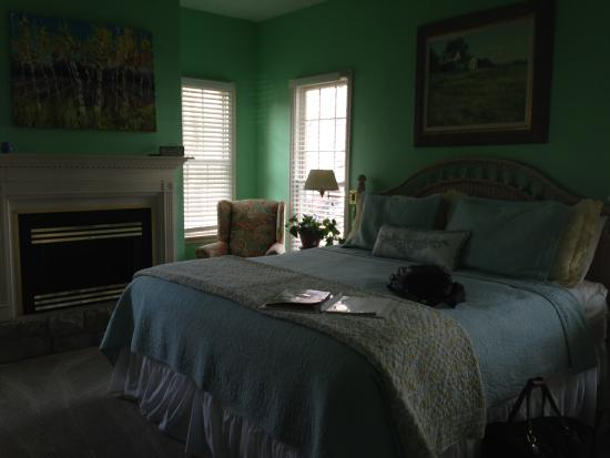 Montford Inn and Cottages: Morningsong Room