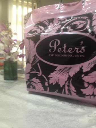 Kensington, Australia: What's in the bag ? Table runner from Peter's