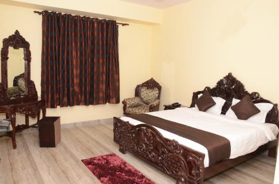 Hotel Laxmi Niwas: Royal Heritage Family
