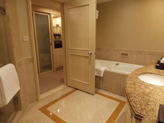 Bathroom - Stand in shower and Bathtub - Picture of InterContinental ...