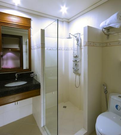 Savannah Resort Hotel: bathroom