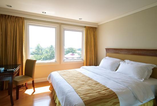 Savannah Resort Hotel: room