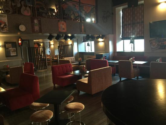 Y-Not Bar & Grill: New layout 01-01-15