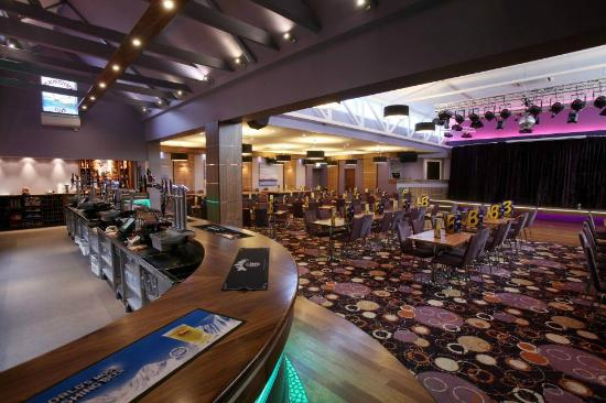 The Beachcomber Clubhouse & Restaurant: The Beachcomber Cabaret Bar