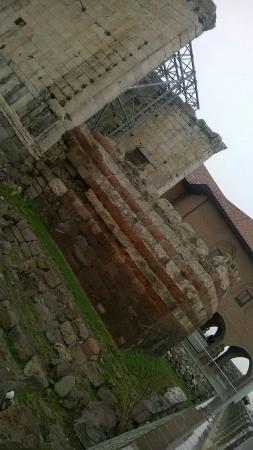 Temple of Augustus : tapınak