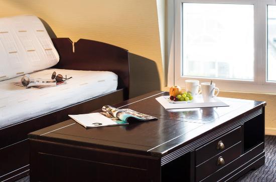 Premi re classe douarnenez hotel france voir les - Hotel salon de provence premiere classe ...