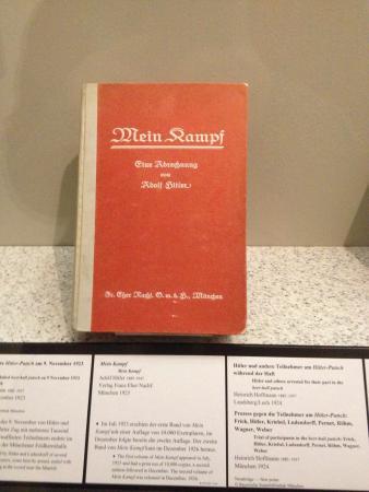 Museo Histórico Alemán: Mein kampf