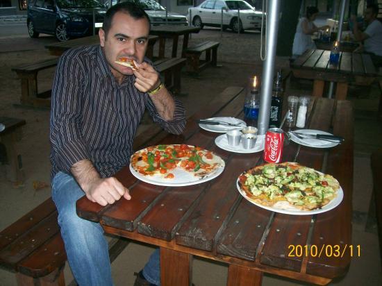 Col'Cacchio: biz yıllarca pizza diye börek yemişiz