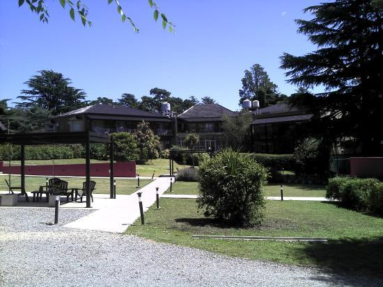 Jard n picture of apart hotel sierra de los padres for Aparthotel los jardines