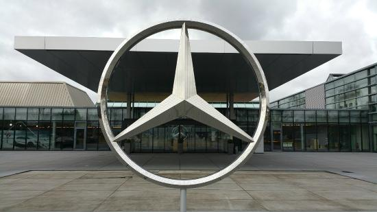 Customer Care Center - Picture of Mercedes-Benz Factory ...