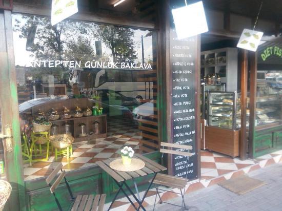 Isztambul, Törökország: antep fıstığı her şey fıstık gibi