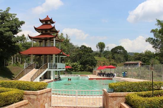 Foto de hotel puerta de santander barbosa piscinas - Piscinas en santander ...