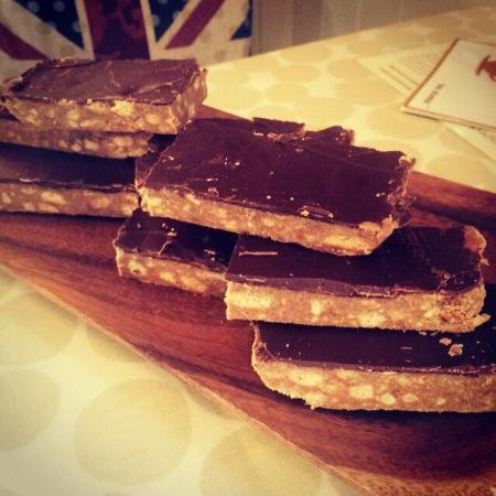 Circles Cafe: Homemade Peanut butter crunch #moreish