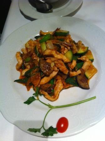 L421: Hühnerfleisch mit Gemüse