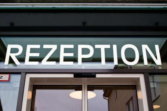 Hotel Zur Post Ismaning: Eingang