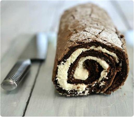 ลันดิดโน, UK: COOK Chocolate Roulade