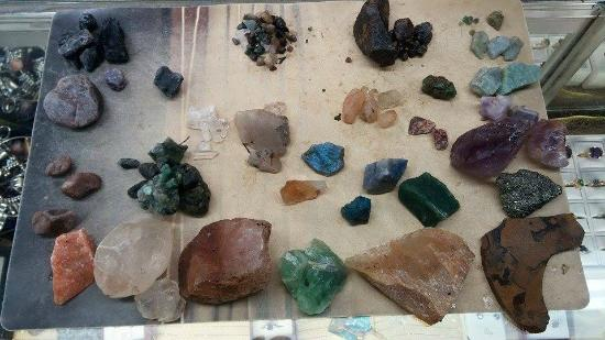 Gold n Gem Grubbin': Our haul. The big reddish rock on the left top is a Ruby