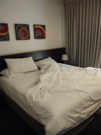 24 Inn Hotel: tempat tidur yang bersih dan nyaman