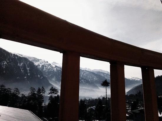 Utopia Resorts, Manali: heavenly view from utopia balcony in mid feb