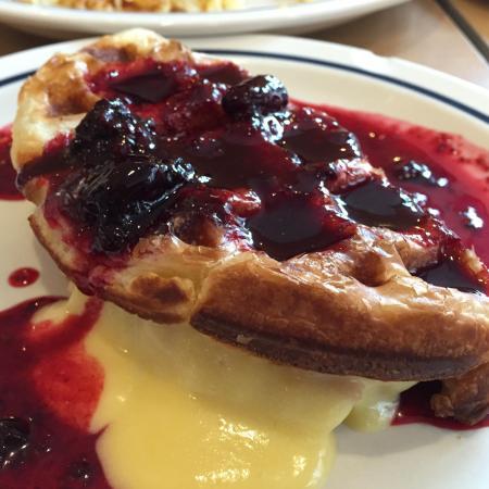 IHOP: Blackberry Lemonade Criss-Croissant