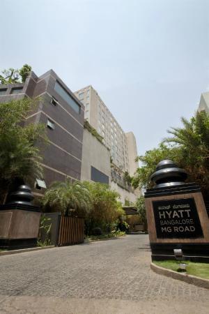 Hyatt Bangalore MG Road: Exterior