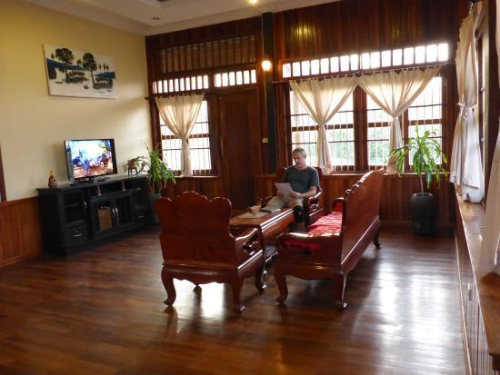 Sunsai Villa: living room