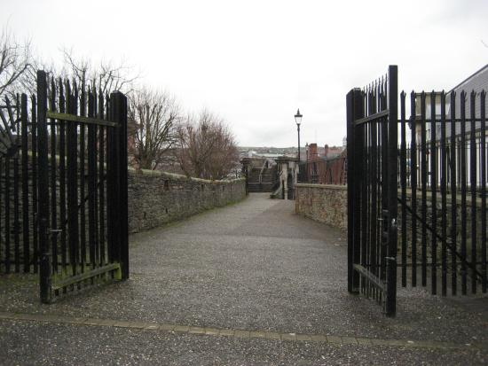 Security gates picture of city walls derry tripadvisor