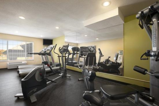 Country Inn & Suites By Carlson, Albert Lea : Exercise Room