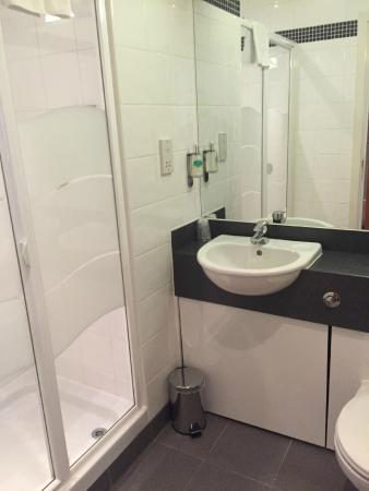 Aspect Hotel Dublin Parkwest : Bathroom