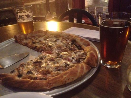 Central City, CO: Pizza was awesome!! Winter ale was delicious