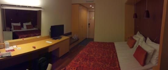 "Original Sokos Hotel Alexandra: standard room, ""new"" side"