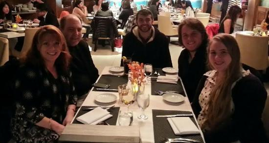 Dockside Restaurant & Brewing Company: Awesome Family Dinner!