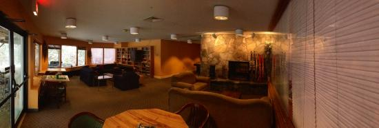 Mendon Mountainview Lodge: Game room is perfect for the family