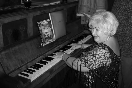 The Coach & Horses: Betty on the Piano