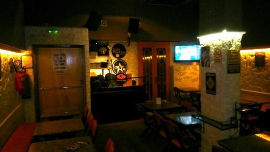 Girasole Pub