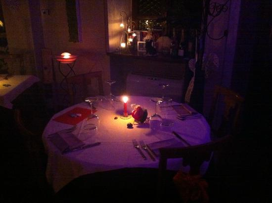 Ristorante Amélie: Cena a lume di candela