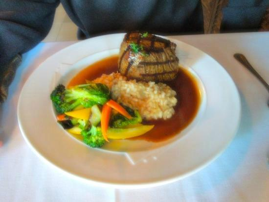 Russell's: Filet Mignon with risotto