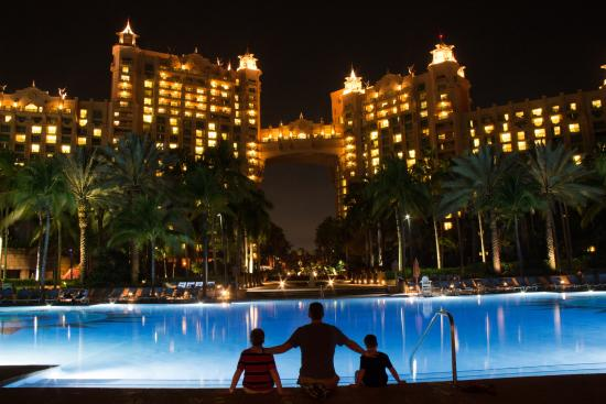 Atlantis - Harborside Resort: Main pool