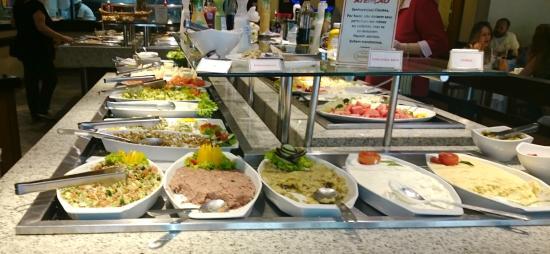 Bovinus : Pastas árabes no buffe de saladas