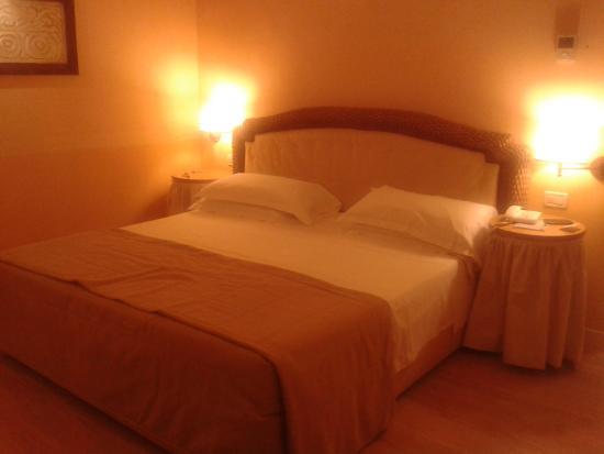 Hotel Corallo: Un letto da re
